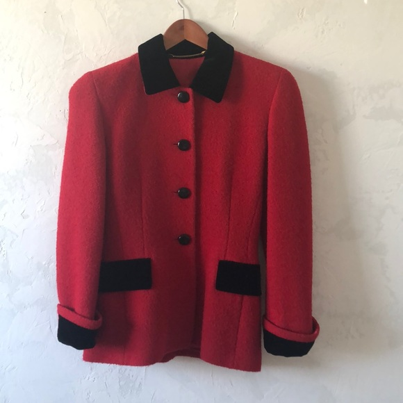 Red wool Vintage ESCADA suit.